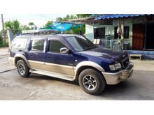 2002 Isuzu Grand Adventure (ปี 96-02) 4x2 3.0 MT Wagon