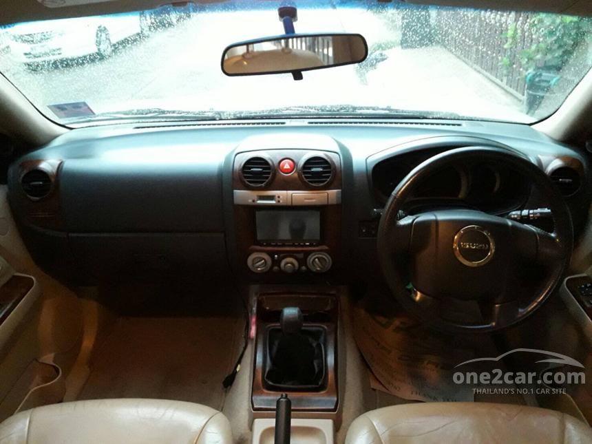2007 Isuzu MU-7 Primo SUV