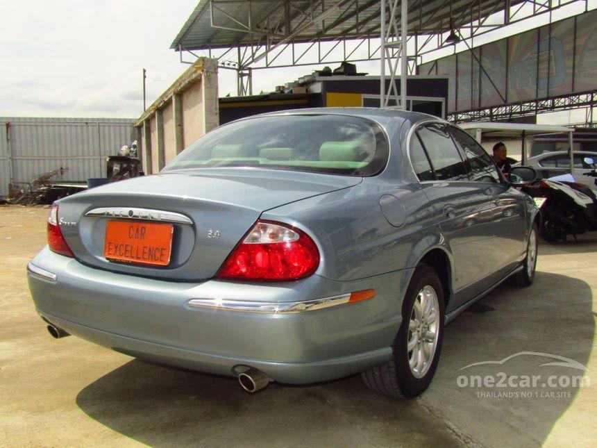 2004 Jaguar S-Type SE Sedan