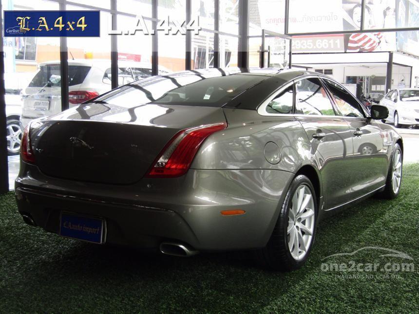 2010 Jaguar XJ Portfolio Sedan