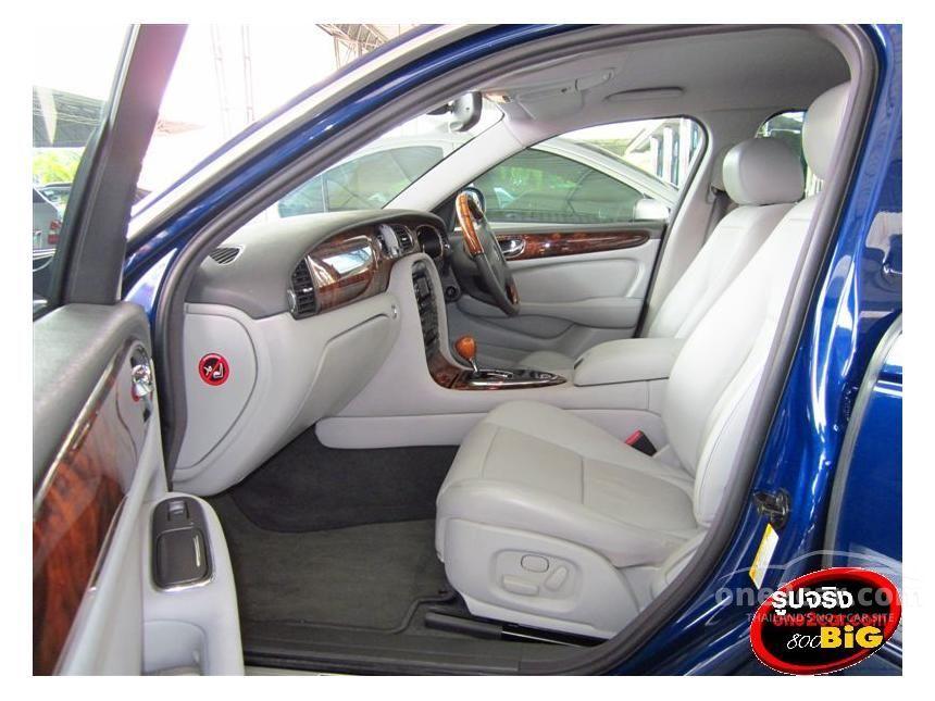 2005 Jaguar XJ8 L Sedan