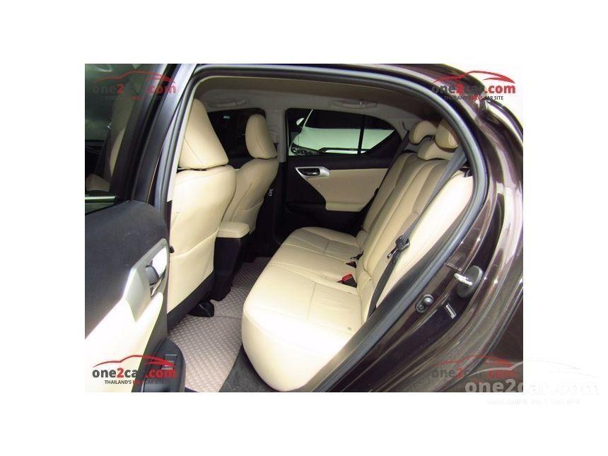 2011 Lexus CT200h Sport Hatchback
