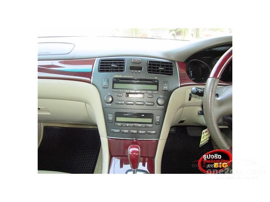 2004 Lexus ES300 Value Sedan