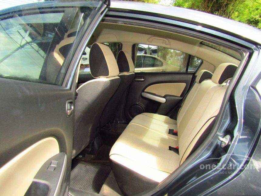 2011 Mazda 2 Elegance Sedan