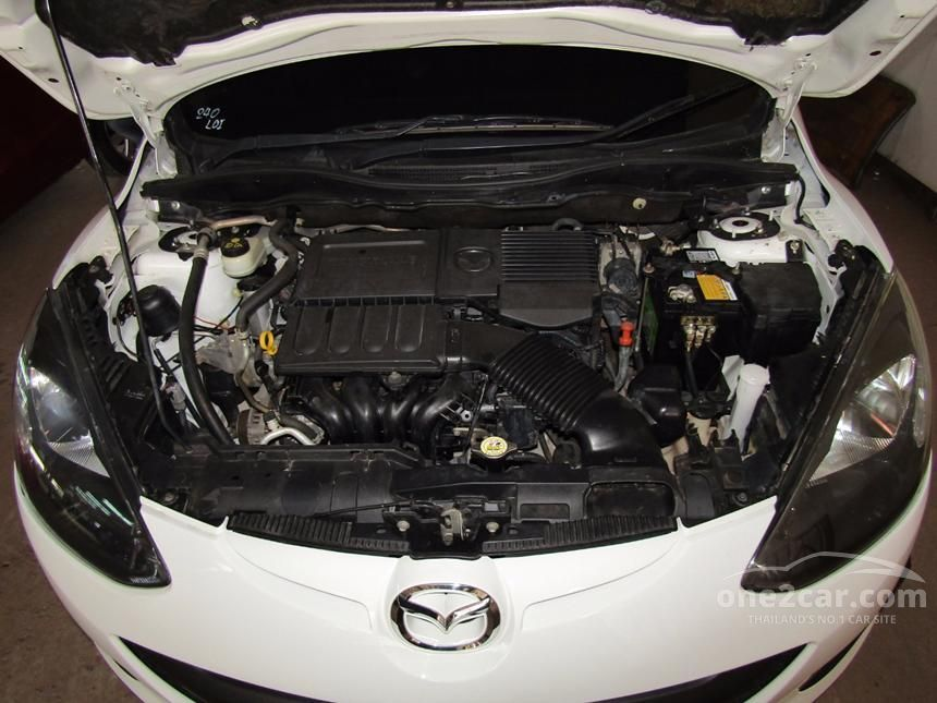2012 Mazda 2 Groove Hatchback