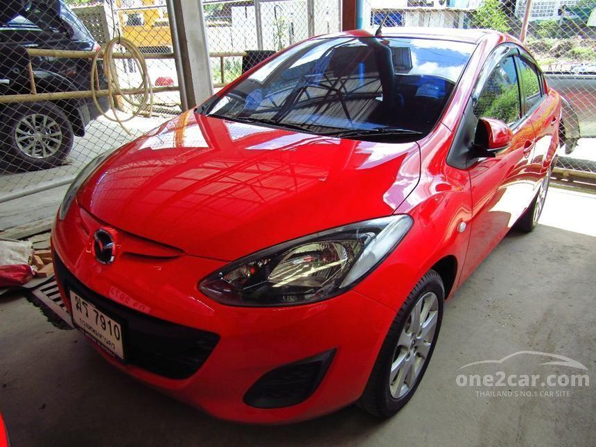 2012 Mazda 2 Groove Sedan