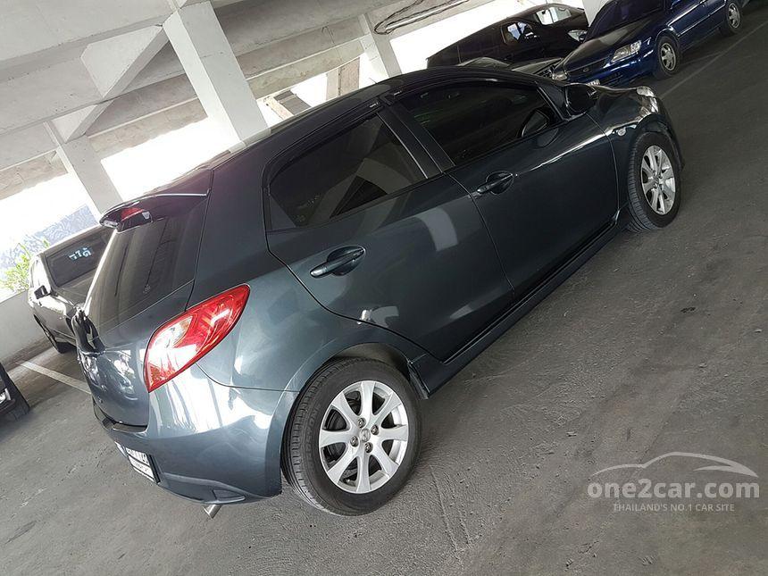 2011 Mazda 2 Maxx Hatchback
