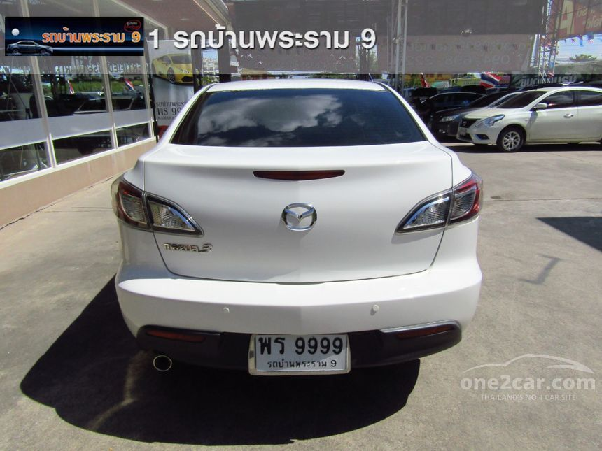 2014 Mazda 3 Spirit Sedan