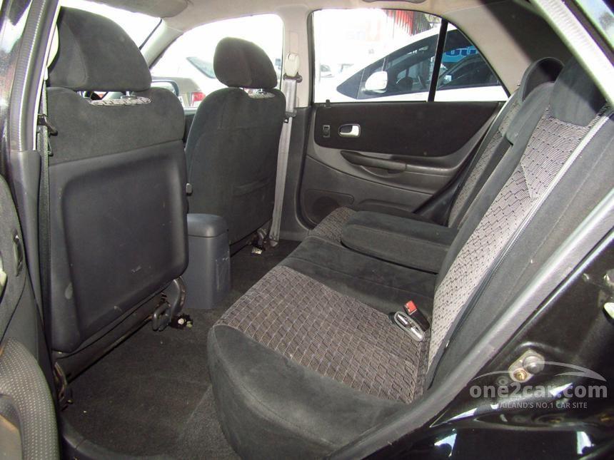 2005 Mazda 323 Protege Sedan