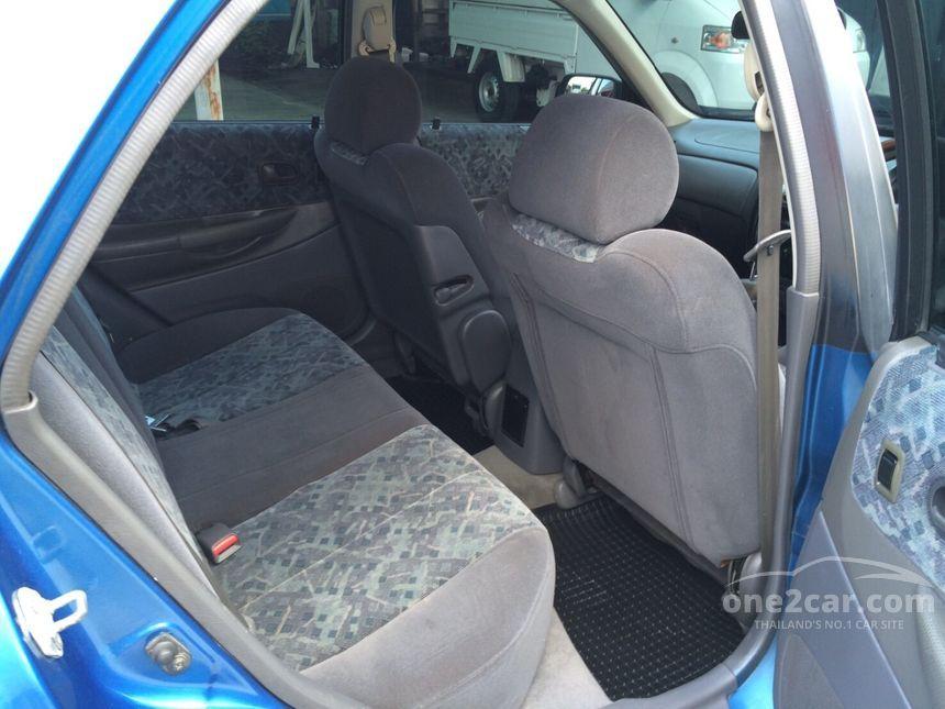 2000 Mazda 323 Protege Sedan