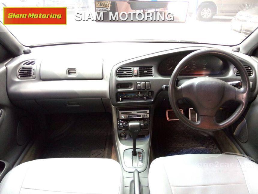 1995 Mazda 323 SGLX Sedan