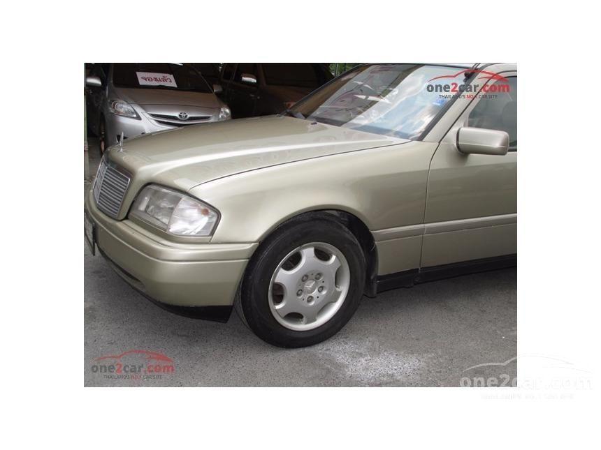 1994 Mercedes-Benz C180 Classic Sedan