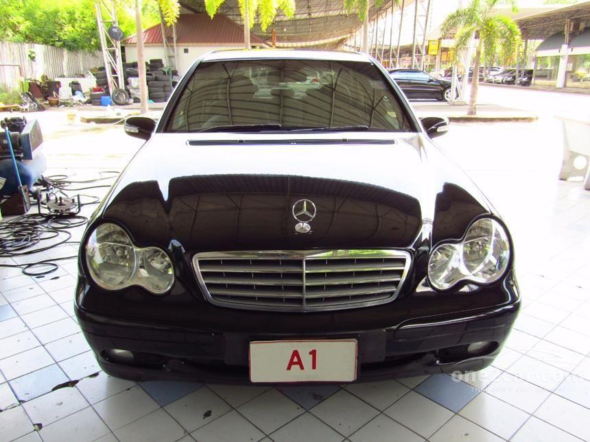 2005 Mercedes-Benz C180 Kompressor Classic Sedan