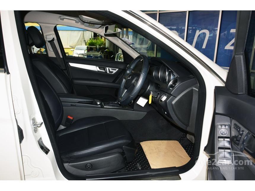 2012 Mercedes-Benz C200 CGI Elegance Sedan