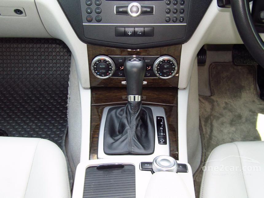 2010 Mercedes-Benz C200 CGI Sedan