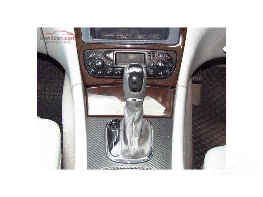 2003 Mercedes-Benz C200 Kompressor Elegance Sedan