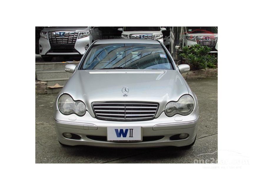 2002 Mercedes-Benz C200 Kompressor Elegance Sedan