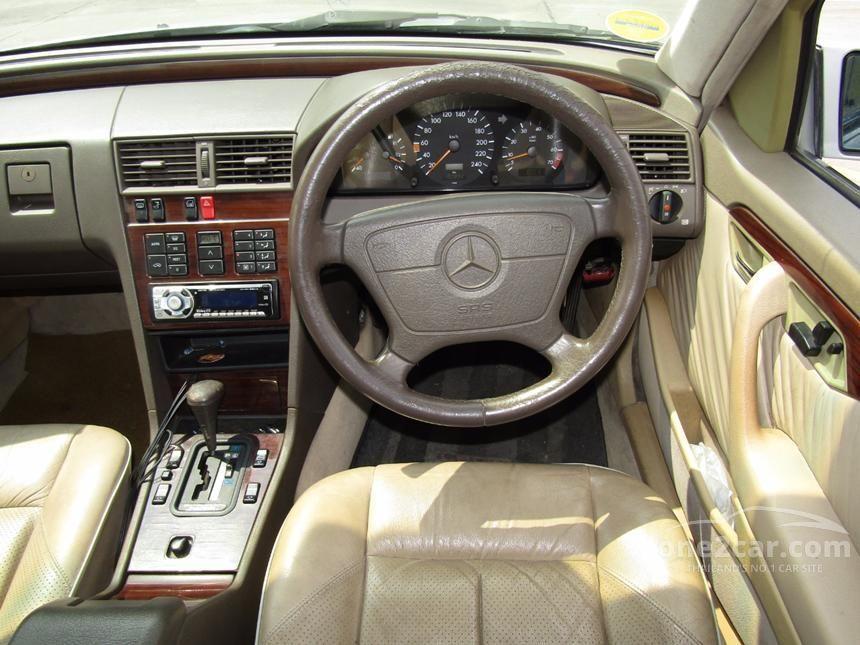 1995 Mercedes-Benz C220 Elegance Sedan