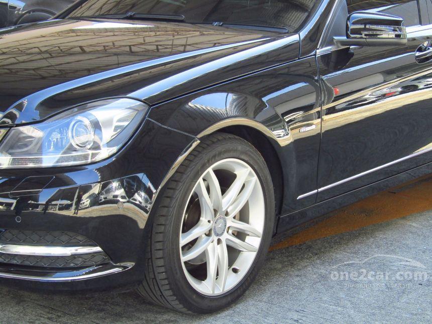 2012 Mercedes-Benz C250 Avantgarde Sedan