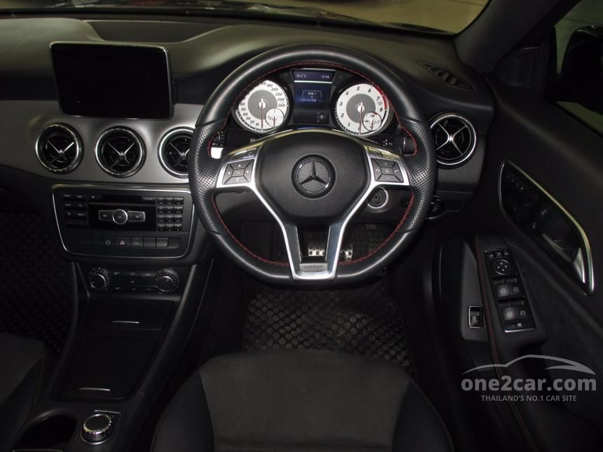 2014 Mercedes-Benz CLA250 AMG Sport Coupe