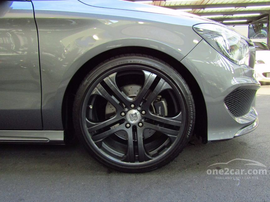 2013 Mercedes-Benz CLA250 AMG Sport Coupe