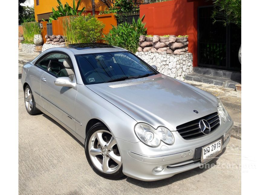 2004 Mercedes-Benz CLK200 Kompressor Avantgarde Coupe