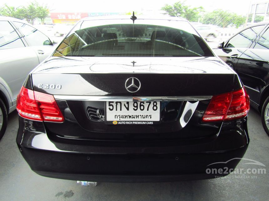 2014 Mercedes-Benz E200 Avantgarde Sedan