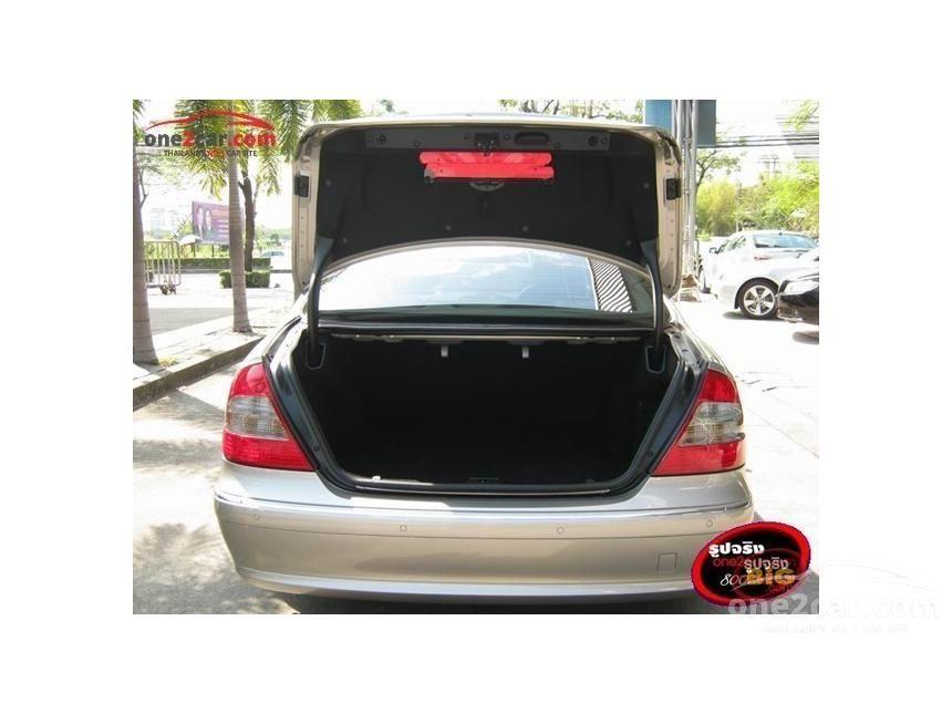 2007 Mercedes-Benz E200 Kompressor Elegance Sedan
