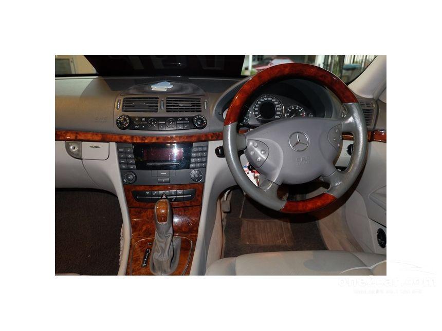 2003 Mercedes-Benz E200 Kompressor Elegance Sedan