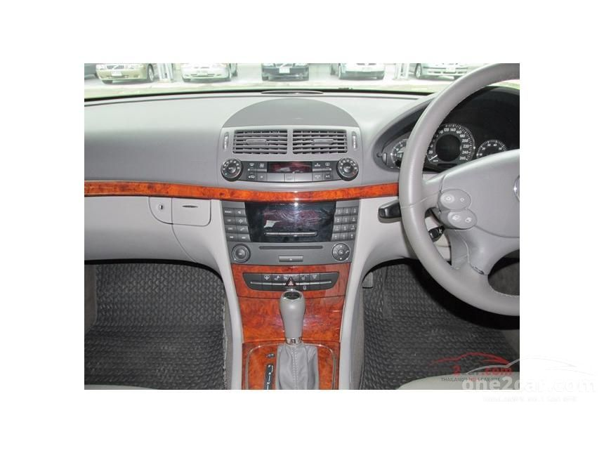 2008 Mercedes-Benz E200 NGT Sedan