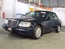 1997 Mercedes-Benz E200 W124 (ปี 85-96) 2.0 AT Sedan