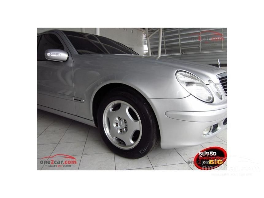 2005 Mercedes-Benz E220 CDI Classic Sedan