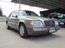 1994 Mercedes-Benz E220 W124 (ปี 85-96) 2.2 AT Sedan
