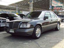 1993 Mercedes-Benz E220 W124 (ปี 85-96) 2.2 AT Sedan