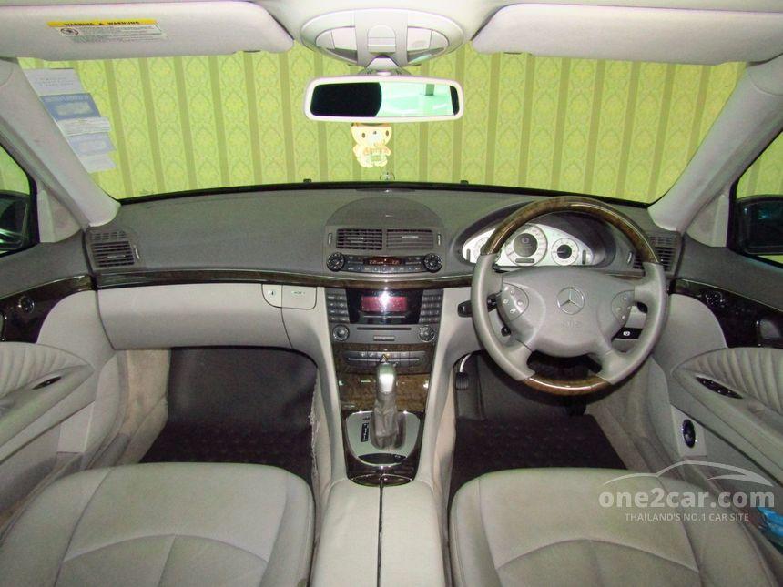 2005 Mercedes-Benz E240 Avantgarde Sedan