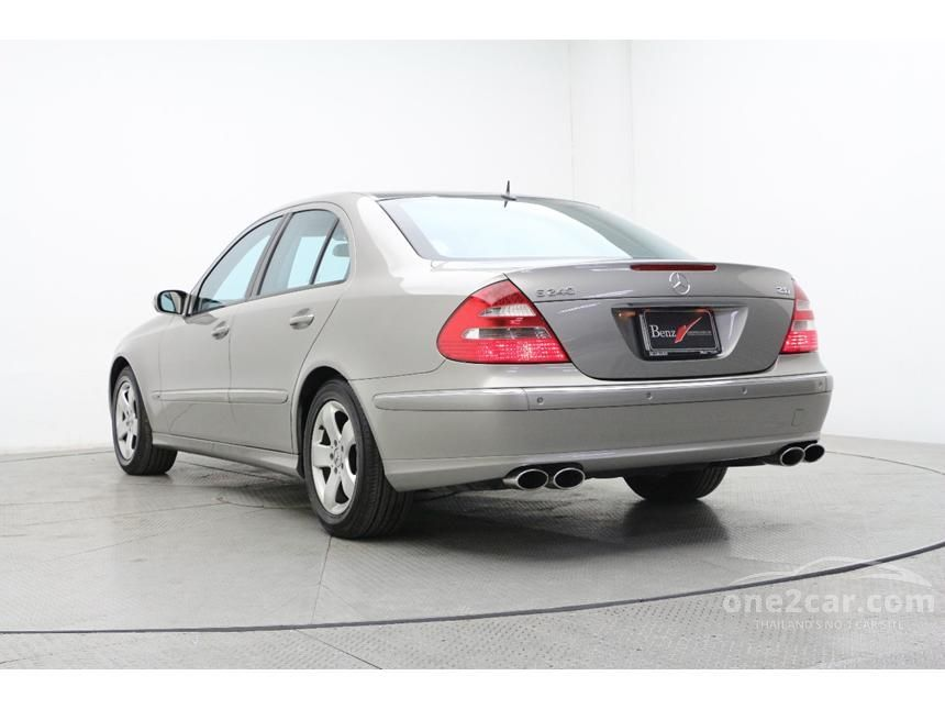 2004 Mercedes-Benz E240 Avantgarde Sedan