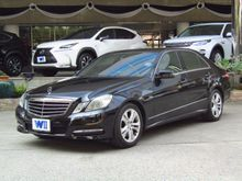 2010 Mercedes-Benz E250 CGI BlueEFFICIENCY W212 (ปี 10-16) Avantgarde 1.8 AT Sedan