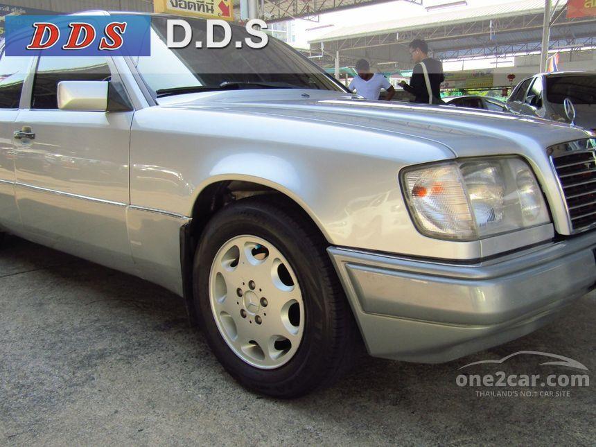 1996 Mercedes-Benz E280 Sedan