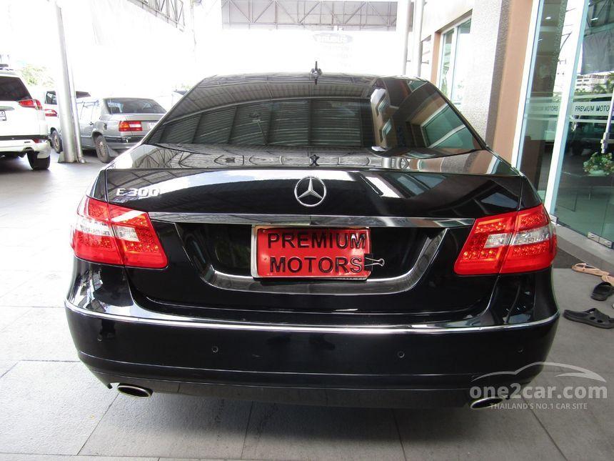 2010 Mercedes-Benz E300 Avantgarde Sedan