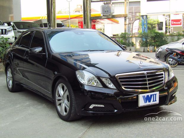 2011 mercedes benz e300 w212 10 16 for Mercedes benz 1990 e300