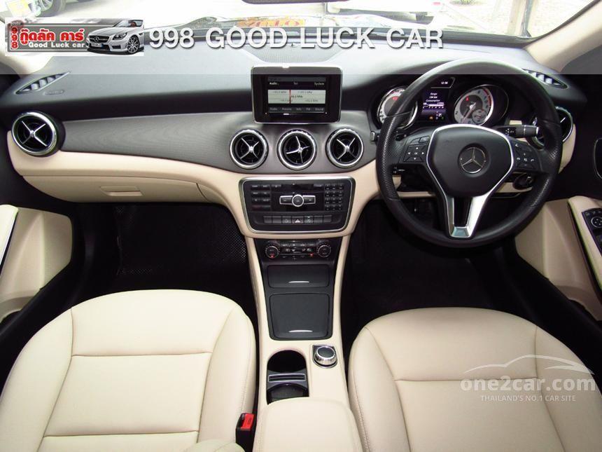 2015 Mercedes-Benz GLA200 SUV