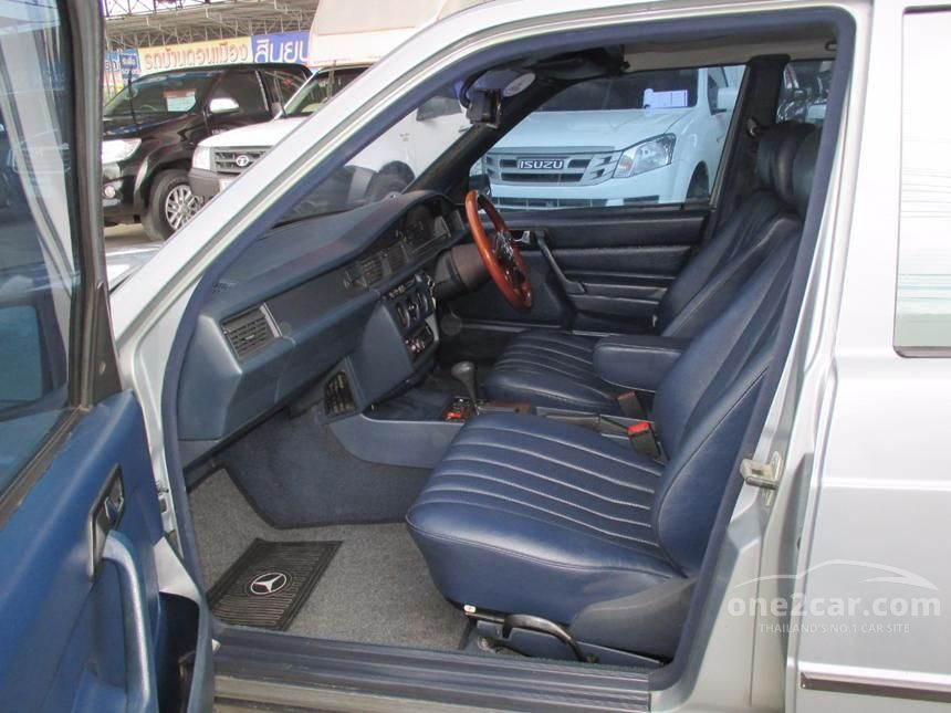 1991 Mercedes-Benz 190E Sedan