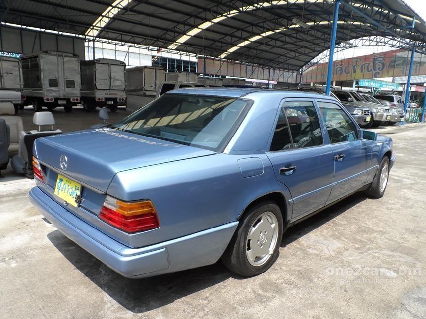 1988 Mercedes-Benz 230E Sedan
