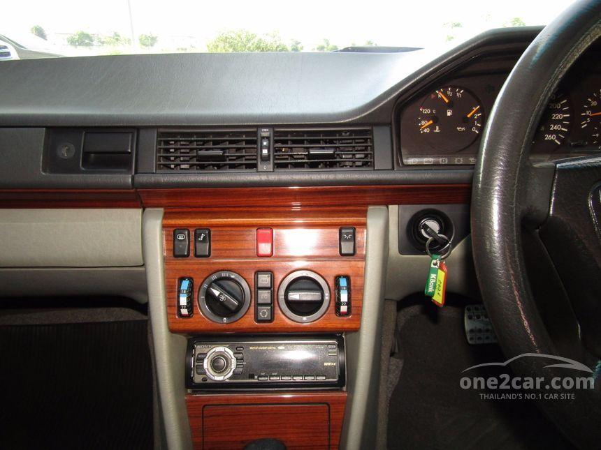 1993 Mercedes-Benz 280E Sedan