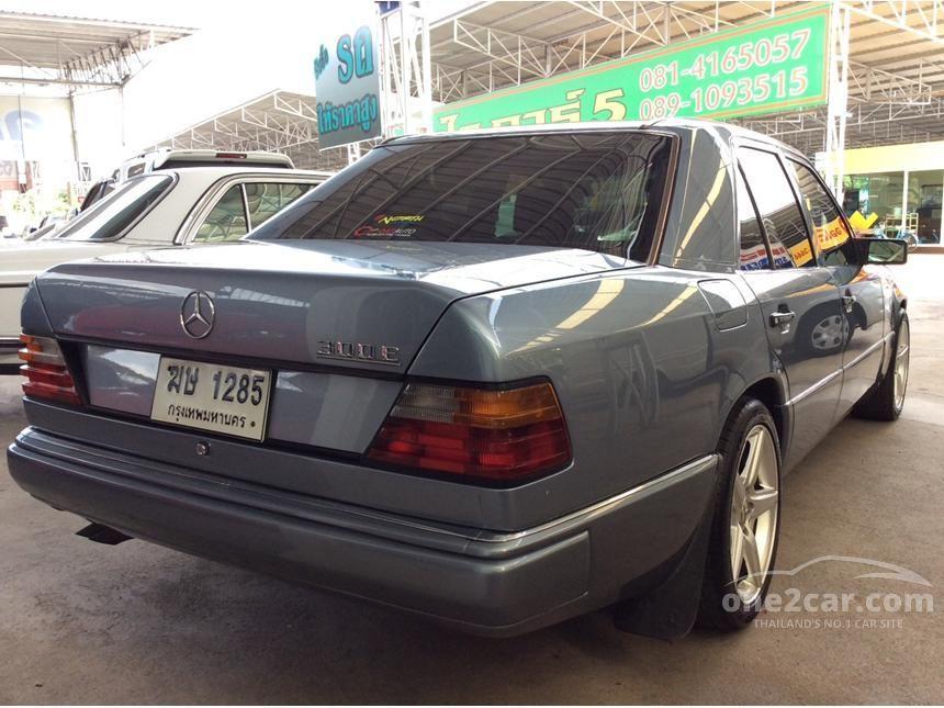1990 Mercedes-Benz 300E Classic Sedan
