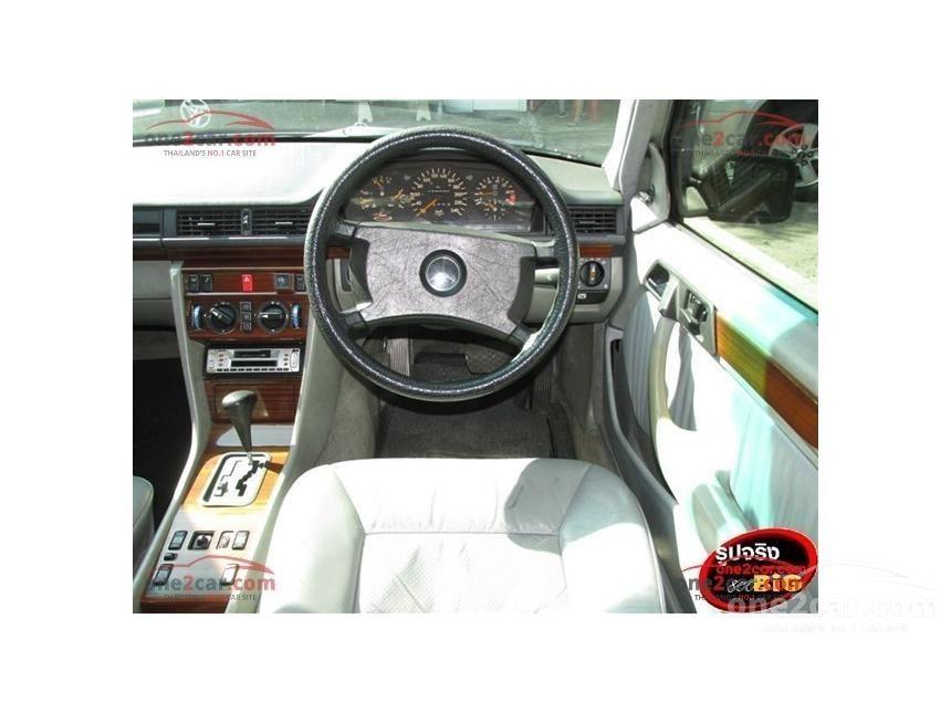 1991 Mercedes-Benz 300E Classic Sedan