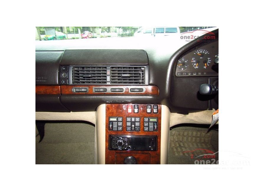 1993 Mercedes-Benz 300SEL Sedan