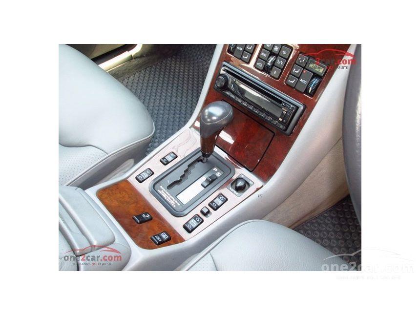 1994 Mercedes-Benz S280 Sedan