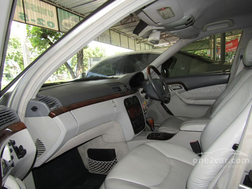 2000 Mercedes-Benz S280 Sedan