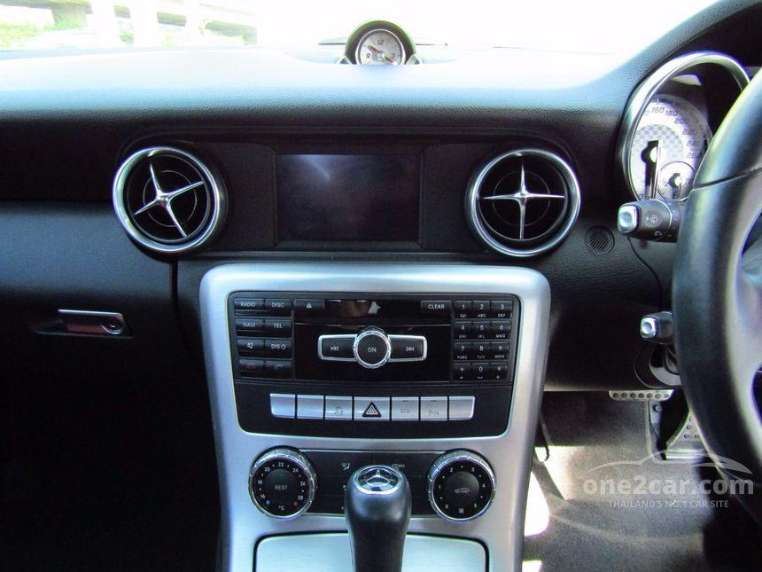 2013 Mercedes-Benz SLK200 AMG Dynamic Convertible